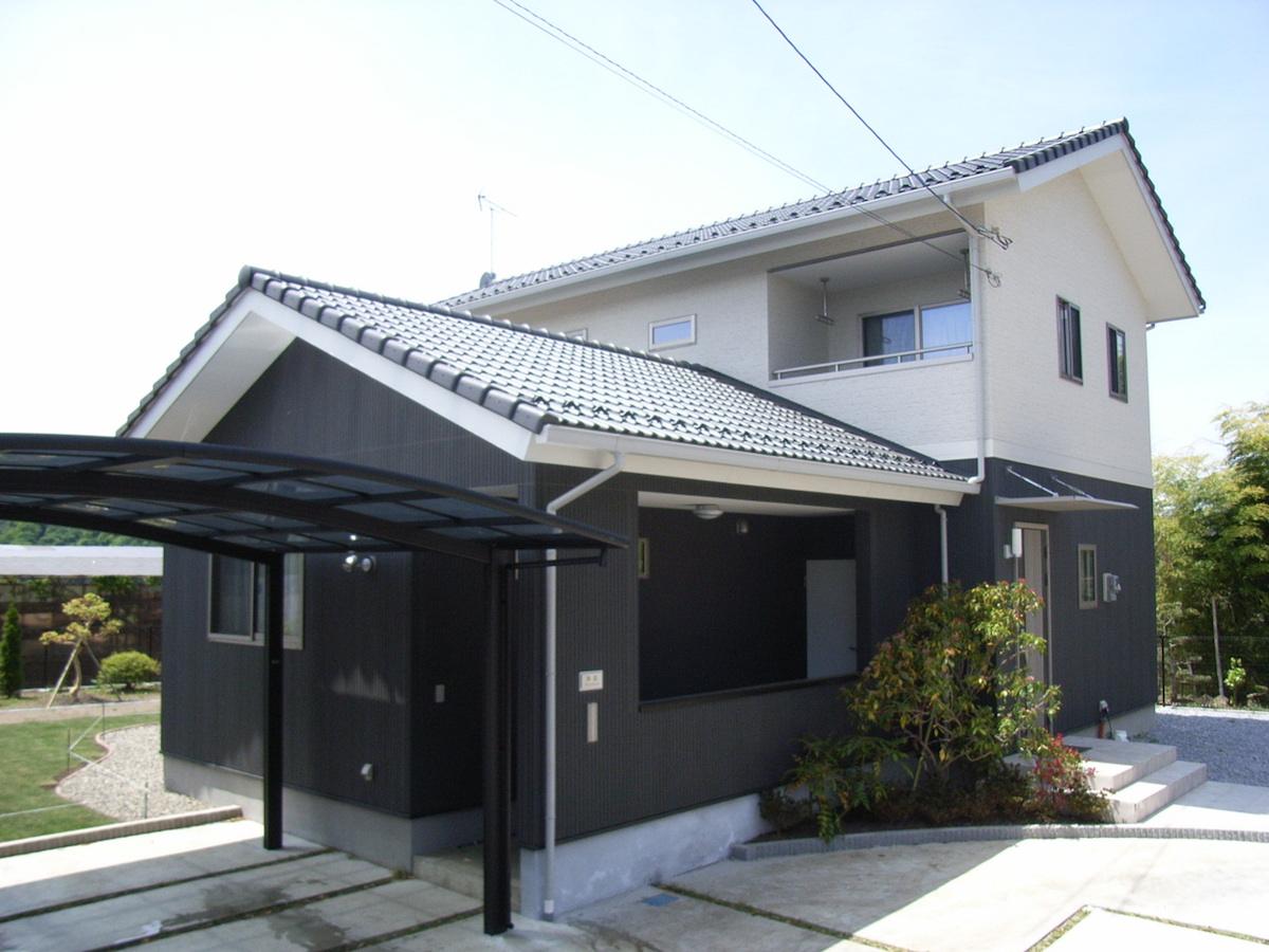『日本のモダン』白と黒を基調にした和風モダンの家